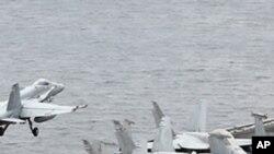 군사훈련 중인 미 항공모함 (자료사진)