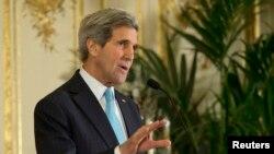 عکس آرشیوی از جان کری وزیر خارجه ایالات متحده آمریکا