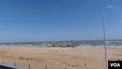 新丝绸之路经中亚和里海。俄罗斯一侧的里海。
