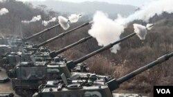 La artillería de Corea del Sur participa de los ejercicios realizados pese a las amenazas del Corea del Norte.