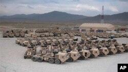 Имущество армии США подготовленое для вывоза в Кандагаре. Афганистан.