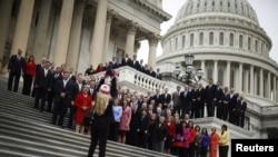 ფოტოზე: აშშ-ს წარმომადგენელთა პალატის ახლად არჩეული წევრები. 15 ნოემბერი, 2012 წ.