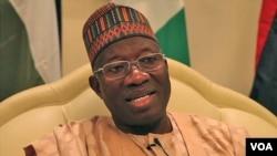 Shugaban Najeriya Goodluck Jonathan a lokacin da ya ke ganawa da VOA.