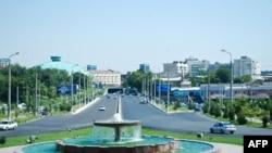 Vatandagi manzara: Toshkent Xillari Klintonga muntazir