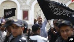 Демонстрации в поддержку исламистов. Тунис.
