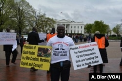 Demonstrators gathered in front of the White House in Washington D.C. to protest the ongoing war in South Sudan, April 16, 2018.