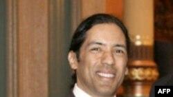 Nghị sĩ Hansen Clarke