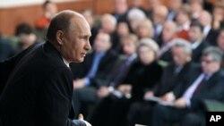 Владимир Путин на встрече с доверенными лицами