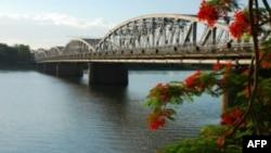Trong giai đoạn 2010-2020, ngành du lịch Việt Nam hy vọng sẽ gia tăng số khách du lịch nước ngoài khoảng 10% – 15%