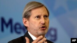 Johannes Hahn (AP Photo/Amel Emric)