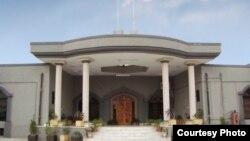 اسلام آباد ہائی کورٹ کی عمارت، جہاں دونوں بہنوں نے قبول اسلام اور شادی کے بعد مرضی کی زندگی گزارنے کی درخواست دی ہے۔