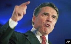 Le gouverneur texan Rick Perry n'était pas dans l'Iowa