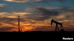 Fasilitas pengeboran minyak AS di Sweetwater, negara bagian Texas (foto: dok). Melonjaknya produksi minyak AS telah menstabilkan harga minyak, di tengah ketegangan di Timur Tengah.