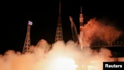 11月24日聯盟號飛船從哈薩克斯坦的一個俄羅斯宇航中心升空﹐運載意大利宇航員克里斯托弗雷蒂、俄羅斯宇航員施卡普列羅夫和美國宇航員弗茨飛往國際太空站。