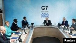 Участники саммита G7 в Корнуолле, Великобритания