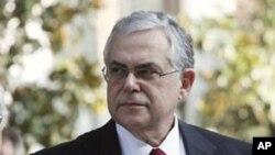 그리스 연립정부 총리에 선출된 루카스 파파데모스
