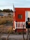 Policija na ranču u Novom Meksiku gde se dogodila tragedija
