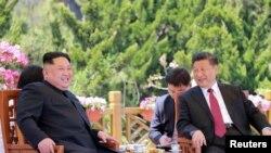 習近平和金正恩短期內的第二次會晤。