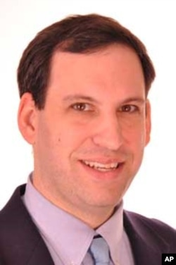 贝克特宗教自由基金会的资深律师马克•里恩兹