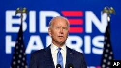 Demokratski kandidat i novoizabrani predsjednik Joe Biden govori u Wilmingtonu u Delawareu, 6. novembra 2020.