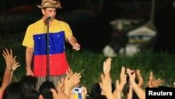 Henrique Capriles dijo que desea escuchar las propuestas y soluciones que tienen en mente los venezolanos.