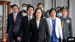 台灣總統蔡英文2020年5月20日抵達總統府參加就職儀式。