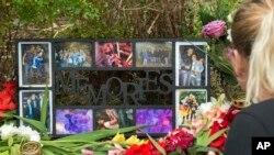 شهروندان مونیخ یاد قربانیان را با گل و عکس گرامی میدارند