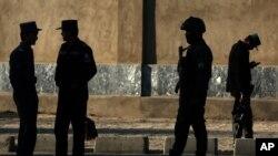 چارواکو د امنیتي ملحوظاتو له مخې د دغو پولیسو دقیقه شمېره ونه ښوده
