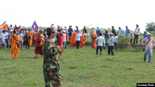 Hàng trăm người Việt và Campuchia 'va chạm' trên biên giới năm 2015