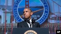 El presidente Barack Obama habla durante una reunión anual de alcaldes estadounidenses en San Francisco, California, el viernes.