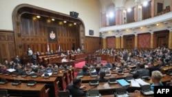 U Domu Narodne skupstine predstavnici Vlade Srbije odgovaraju na pitanja o prodaji Telekoma Srbije, na predlog Demokratske stranke Srbije.