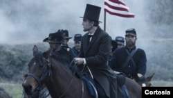 Daniel Dey-Luis Avram Lincoln rolida