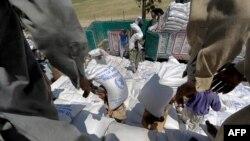 نان بائی ایسوسی ایشن کے صدر کا کہنا ہے کہ گزشتہ تين ہفتوں ميں 85 کلو فائن آٹے کی بوری کی قيمت ميں تقريباً 1500 روپے کا اضافہ ہوا ہے۔ (فائل فوٹو)