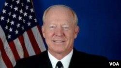El coronel Burleson dice que los afganos vean más beneficioso para sus vidas apoyar al gobierno de Afganistán que al Talibán.