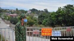 Các biện pháp cách ly, phong tỏa đã được triển khai trên địa bàn thành phố Chí Linh, tỉnh Hải Dương. Photo Dan tri