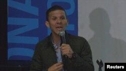 El diputado opositor Gilber Caro podría permanecer detenido al menos hasta los primeros días del2020, denunciaron sus abogadas.