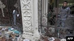 У входа в церковь, вблизи которой произошел взрыв