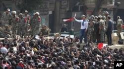 کئی ممالک نے مصر سے اپنے شہریوں کا انخلاء شروع کر دیا