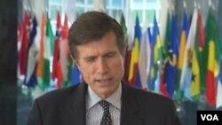 美國國務院主管中亞與南亞事務的助理國務卿羅伯特.布雷克