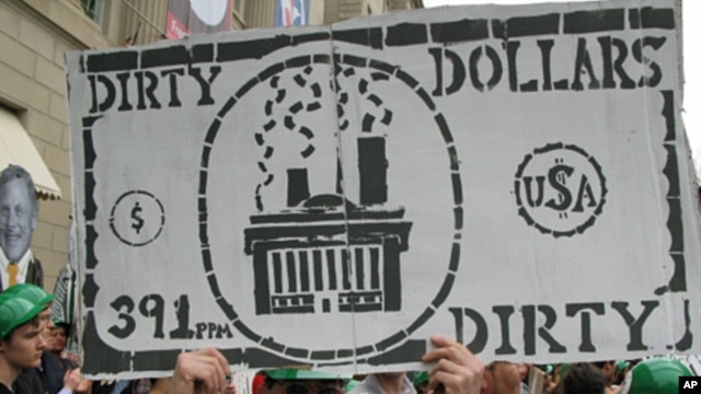 Protesters also called on energy companies to pay more taxes, April 18 2011