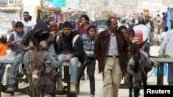 ဆီးရီးယား စစ္ေျပးဒုကၡသည္မ်ား။