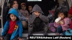 وسطی امریکی ملکوں سے پناہ کی تلاش میں امریکہ پہنچنے والے بچے فوٹو رائٹرز