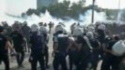 Turkish Riot Police Overrun Taksim Square