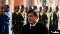 Əhməd Davutoğlu