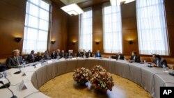 Переговоры по иранской ядерной программе. Женева, Швейцария. 15 октября 2013 г.