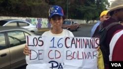 Jóvenes venezolanos marchan en rechazo por muerte de estudiantes