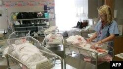 افزايش چشمگير تعداد نوزادان دوقلو در آمريکا