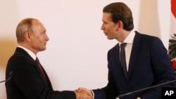 Владимир Путин и Себастьян Курц. Вена, Австрия, 5 июня 2018