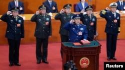 中共和中国中央军委成员(14图)