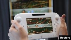 El lanzamiento en octubre de Wii U elevó en baja proporción las ventas que siguen por debajo de los niveles acostumbrados.